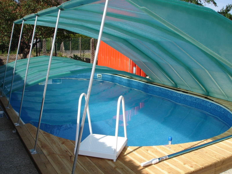 Abri de piscine en kit interesting abris piscine with for Abri de piscine en kit pas cher